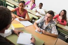 Istruisca gli allievi alla lezione nella scuola Fotografia Stock Libera da Diritti