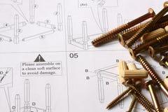 Istruzioni della mobilia con le riparazioni Fotografia Stock