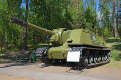 ISU-152 - installazione automotrice sovietica dell'artiglieria durante la seconda guerra mondiale Immagine Stock