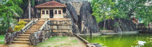 Isurumuniya Viharaya Panorama imagen de archivo libre de regalías