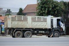 Isuzu Trailer-stortplaatsvrachtwagen van de steenbedrijf van D Royalty-vrije Stock Foto's
