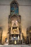 ITÁLIA - NAPOLI - di Santa Chiara da basílica (interno) Fotografia de Stock