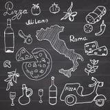 Itália rabisca elementos Grupo tirado mão com 'trotinette', vinho, queijo e mapa da pizza Coleção de tiragem da garatuja, no back ilustração royalty free