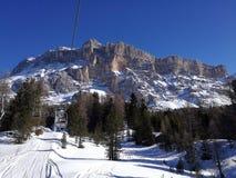 Itália, Trentino, dolomites, vista das montanhas no por do sol imagens de stock