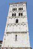 Italië, Luca, klokketoren van de kerk San Michele in foro Stock Afbeeldingen