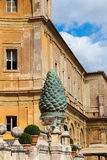Italië rome vatikaan Fontanadella Pigna (Denneappelfontein) stock afbeelding