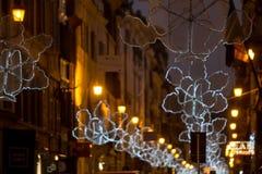 Italië, Rome, via del Babuino bij Kerstmis stock foto's