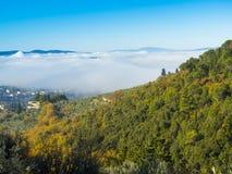 Italië, Toscanië, Florence met mist, royalty-vrije stock fotografie