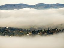 Italië, Toscanië met mist, stock foto's