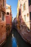 Italië, Venetië, 25 Februari, 2017 De straat op het water in Veni Stock Foto