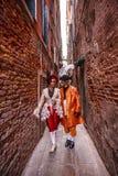 Italië, Venetië, 25 Februari, 2017 Een man en een vrouw in Carnaval Royalty-vrije Stock Foto's