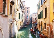 Italië, Venetië, 25 Februari, 2017 een waterdorp in Venetië met Stock Afbeelding