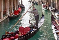 Italië Venetië gondolier stock fotografie