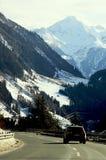 Italia, camino de la montaña del invierno Fotos de archivo libres de regalías