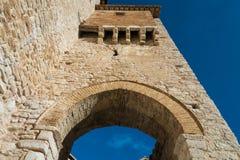 Italia, entrada, fortaleza medieval, ciudad vieja, Foto de archivo