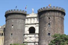 Italia, Nápoles, Castel Nuovo Imagenes de archivo