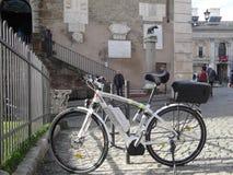 Italia, Roma, la bicicleta del alcalde de Roma Foto de archivo libre de regalías