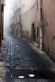 Italia Sicilia Caltagirone - el callejón típico imagenes de archivo