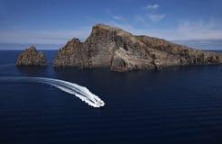 Italia, Sicilia, isla de Panaresa, yate de lujo Fotos de archivo