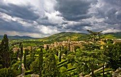 Italia. Tivoli. opinión del paisaje del parque Foto de archivo
