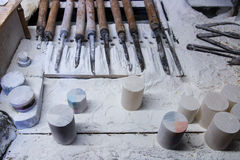 Italia, Toscana, Volterra, trabajo hecho a mano del alabastro Fotos de archivo