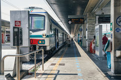 Italia train station platform Stock Photos