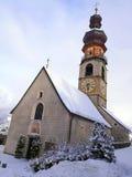 Italia, Trentino Alto Adige, Bolzano, Brunico, la iglesia de Santa Caterina imagenes de archivo