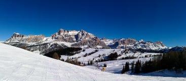 Italia, Trentino, dolomías, vista panormaic de las montañas foto de archivo libre de regalías