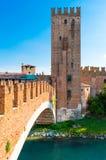 Italia, Verona, puente de Castelvecchio Imagen de archivo