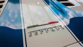 Italiaans de Vlagkenteken van Ferrari stock videobeelden