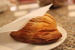 Italiaans Dessert, Sfogliatelle stock foto's