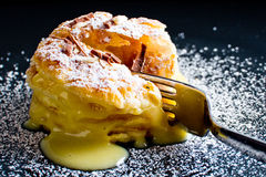 Italiaans gebakje Millefoglie met vla royalty-vrije stock fotografie