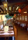 Italiaans oud restaurant stock afbeeldingen
