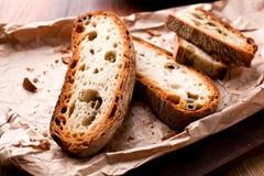 Italiaans stijlbrood met olijven royalty-vrije stock foto