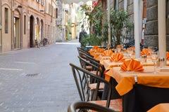 Italiaans straatrestaurant royalty-vrije stock foto