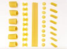 Italiaans verleden. Farfalle, spaghetti, orecchiette. Stock Foto