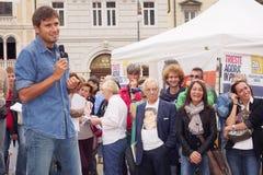 Italiaanse afgevaardigde van Movimento 5 Stelle, Alessandro Di Battista, in Triëst Royalty-vrije Stock Foto