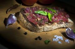 Italiaanse bruschetta, lichte borstel Stock Afbeeldingen