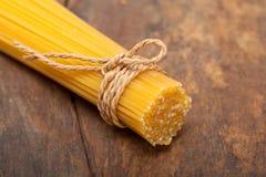 Italiaanse deegwarenspaghetti Stock Fotografie