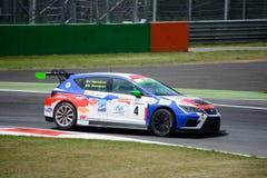 Italiaanse die het Reizen Auto door SEAT-Sport wordt ontwikkeld royalty-vrije stock foto