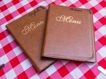 Italiaanse en Engelse menu's stock foto