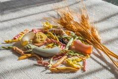 Italiaanse gekleurde deegwaren Stock Foto