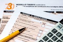 Italiaanse geroepen belastingaangifte 730 Stock Foto's