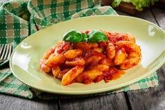 Italiaanse gnocchi met tomatensaus Royalty-vrije Stock Fotografie
