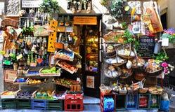 Italiaanse kruidenierswinkelwinkel in Florence Stock Foto's