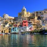 Italiaanse overzeese kust, procida, Napels royalty-vrije stock afbeelding