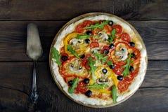 Italiaanse pizza Stock Afbeeldingen