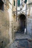 Italiaanse smalle straat Royalty-vrije Stock Afbeeldingen