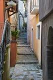 Italiaanse stegen in het zuiden van Italië royalty-vrije stock fotografie