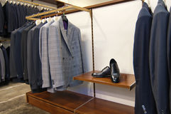 Italiaanse stijlkleding en schoenen Stock Foto